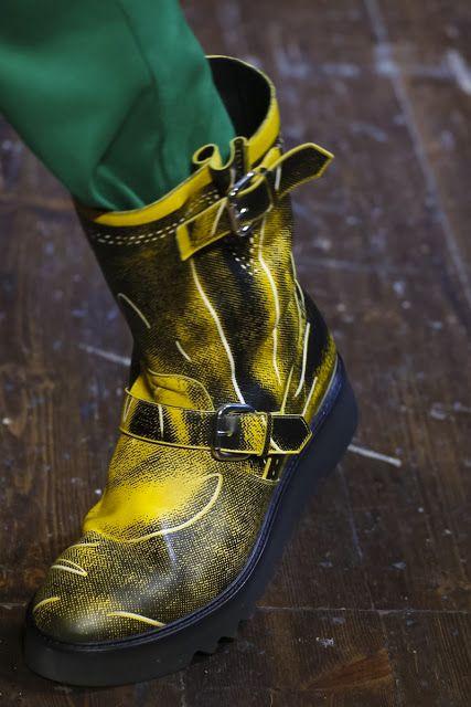Moschino Zapatos, los Zapatos de Patricia - El Blog de Patricia : Para ellos: Echa un vistazo a los zapatos que están desfilando en Londres para otoño 2016