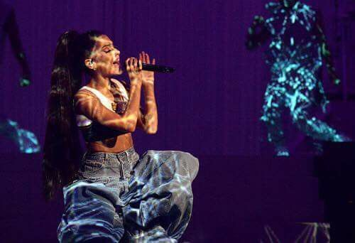 Dangerous Woman Tour 2017