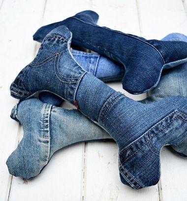 Upcycle your jeans into bone shape dog toys (free sewing pattern) // Csont alakú kutyajáték farmer nadrágból - kreatív újrahasznosítás // Mindy - craft tutorial collection