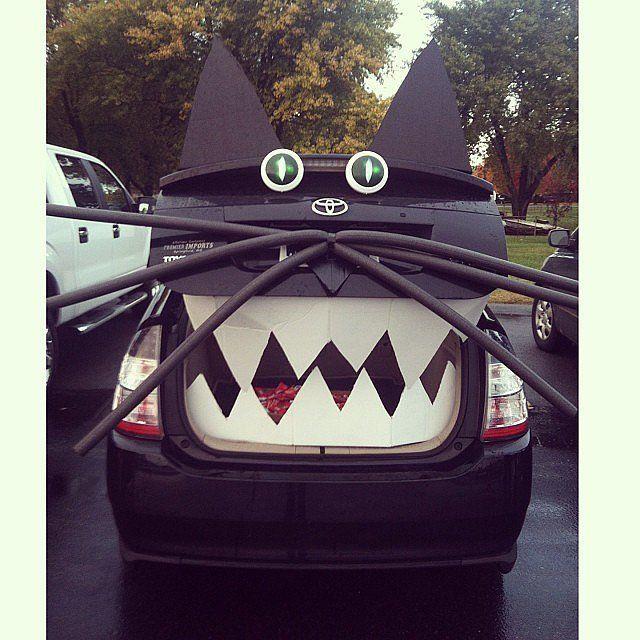 Trunk Halloween Decorating Ideas: 1000+ Ideas About Trunk Or Treat On Pinterest