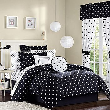 For when the kids get bigger - make the grandkids room in polka dots! Black and white, polka dot. Bedroom Decor.