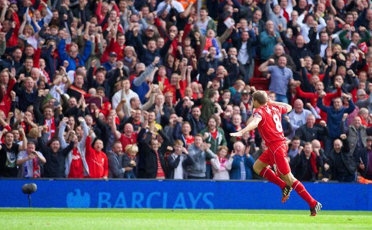 Steven Gerrard celebrates opening the scoring in the Merseyside derby #CaptainFantastic #LFC