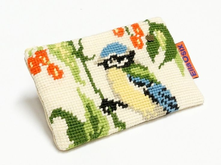 Vintage Needlepoint small zippered pouch