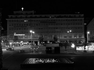 PHOTOS DE LAUSANNE: Plaza Riponne Lausana