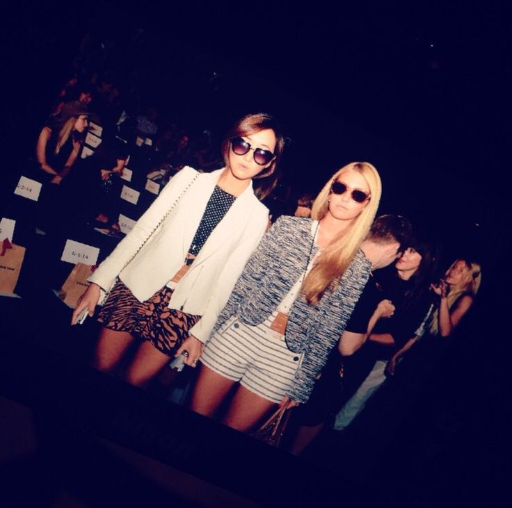 Front row at Vivienne Tam #nyfw #hotmis #thearmyof2