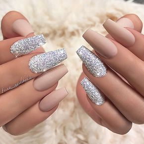 ✨ : Picture and Nail Design by •• @fiina_nailsbykiss •• Follow @fiina_nailsbykiss for more gorgeous nail art designs!
