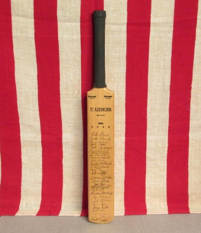 """Vintage Slazenger Wood Miniature Cricket Bat Award Trophy Team Signed 17"""""""" Nice!"""