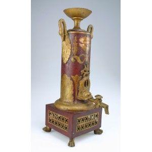 cafetière filtre: France   1805-1815  Dimensions : Ht. 41,2 cm ; base : 14 x 14 cm