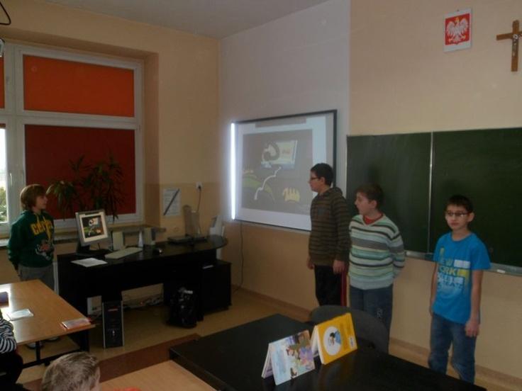 Prowadziliśmy lekcję w klasie 2a na temat bezpieczeństwa w sieci