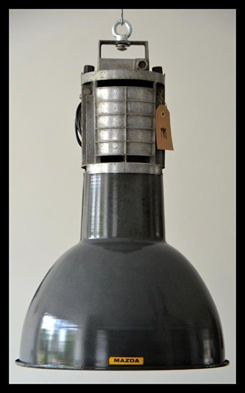 Ruige emaille Mazda lamp, collectors item in mooie staat! (meerdere beschikbaar)