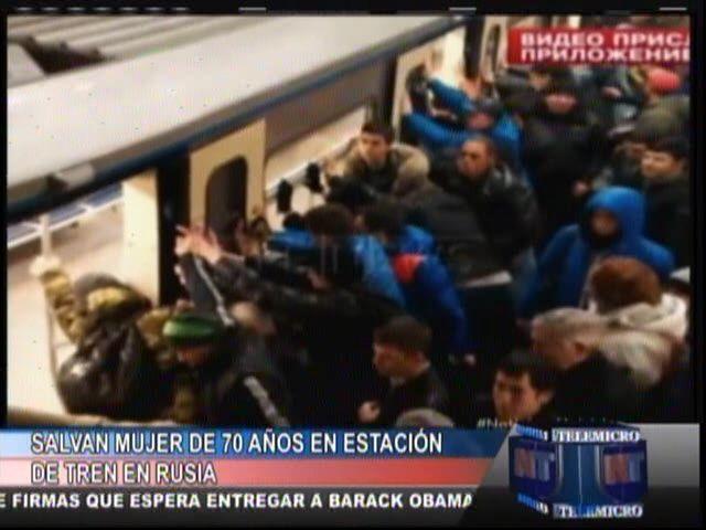 Salvan Mujer De 70 Anos En Estación De Tren En Rusia #Video