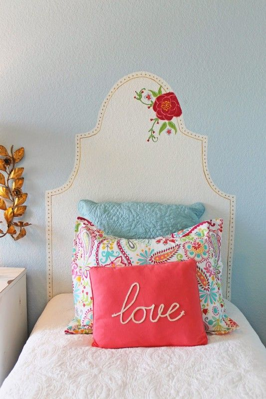 diy faux kid's headboard