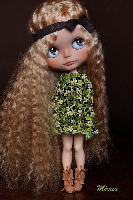 Marta by ♥**Monica **♥, via Flickr ( that dolly hair is fab)