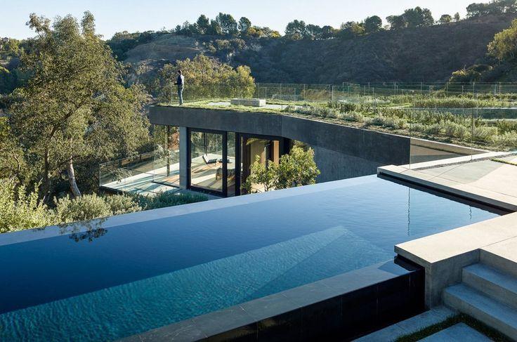 Страна: США Название проекта: Oak Pass House Местоположение: Южная Калифорния