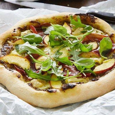 Summer Pizza with Castello Creamy White, bresaola and peach
