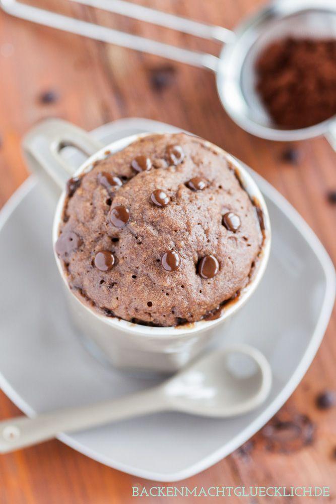 Mikrowellen-Tassenkuchen mit Schokolade – in nur 5 Minuten fertig | http://www.backenmachtgluecklich.de