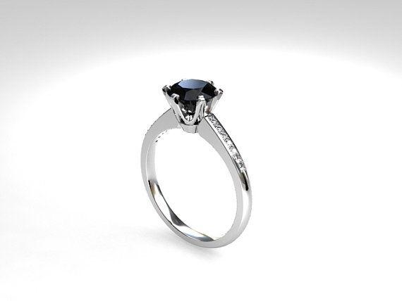 Petite Crown ring with Black Diamond in Platinum