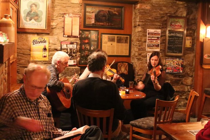 Traditional Session, McGrorys, Culdaff, Co. Donegal