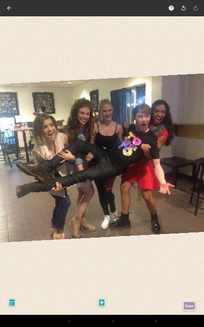 Strong girlies #TNS