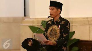 Hadiri Haul Syekh Nawawi Banten Jokowi Hadiahi Santri Sepeda
