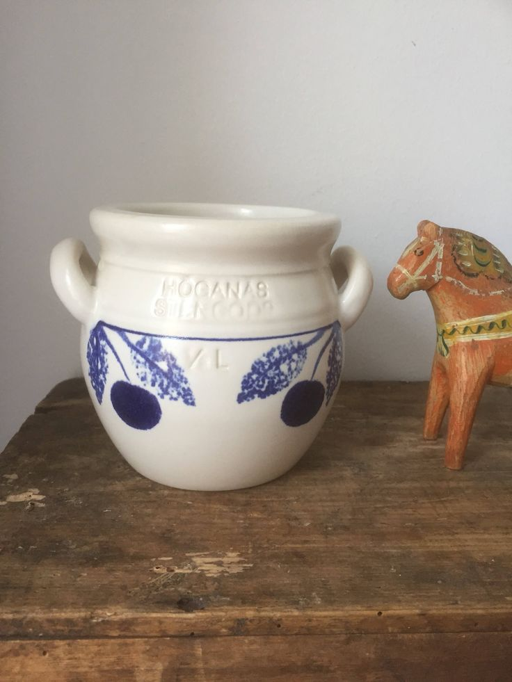 Höganäs/Jackie Lynd/hand painted/container/Sweden/traditional /scandinavian pot by WifinpoofVintage on Etsy