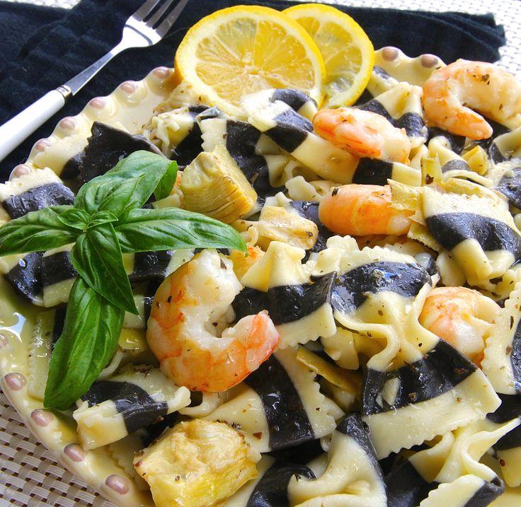 Lemon Butter Herb Pasta - added some shrimp and marinated artichoke ...