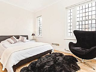 Lovely Mayfair London - One Bedroom - can accommodate up to 6Holiday Rental in Hyde Park  from @HomeAwayUK #holiday #rental #travel #homeaway