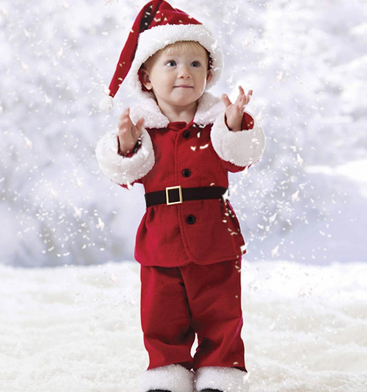 Santa is coming to town! Love this -- made with McCall's 6385 pattern :)12Pin Projects, Santa Suits, 6385 Pattern, Pictures Ideas Photography, Mccall 6385, Baby Girls, 12 Pin, Christmas Ideas, Toddlers Santa