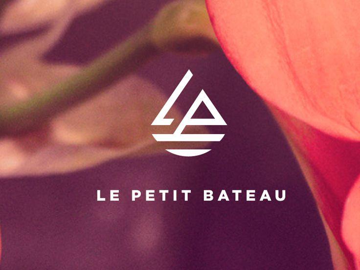 Le Petit Bateau by Ying Ying Liu