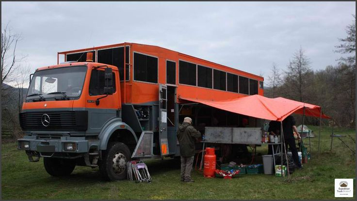 1000 images about overland trucks for sale on pinterest expedition truck mercedes benz and 4x4. Black Bedroom Furniture Sets. Home Design Ideas