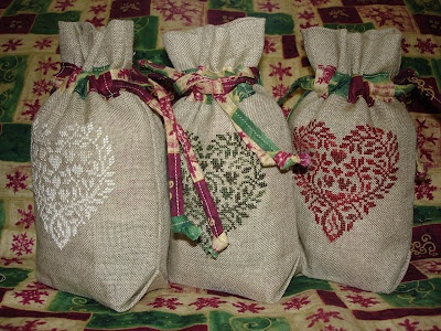 Veronica's Stitching Vault: heart cross stitch bags