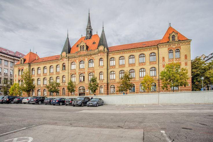 Stredná priemyselná škola strojnícka - Engineering Technical School in Bratislava Slovakia