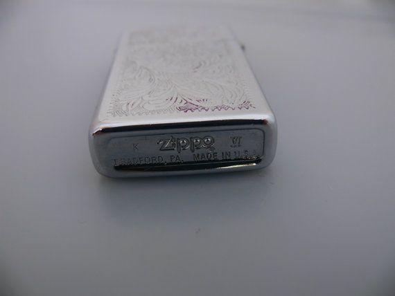 Zippo slim Venetian chrome fuel lighter . door Vintageclocksandmore