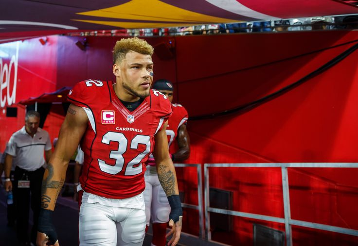 Oct 17, 2016; Glendale, AZ, USA; Arizona Cardinals safety Tyrann Mathieu (32) against the New York Jets at University of Phoenix Stadium. (3883×2676)