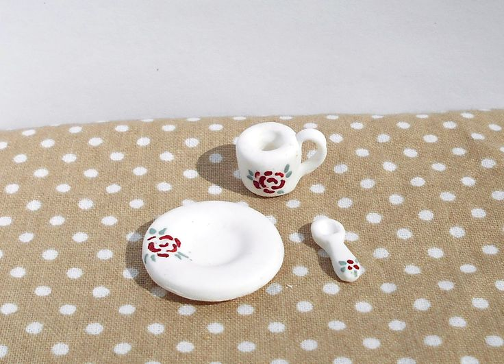 Miniature polymer clay plate, spoon and mug with painted rose pattern #miniature #shabby #chic #diy #handmade #polymer #clay #polymerclay #cute #plate #mug #cup #spoon