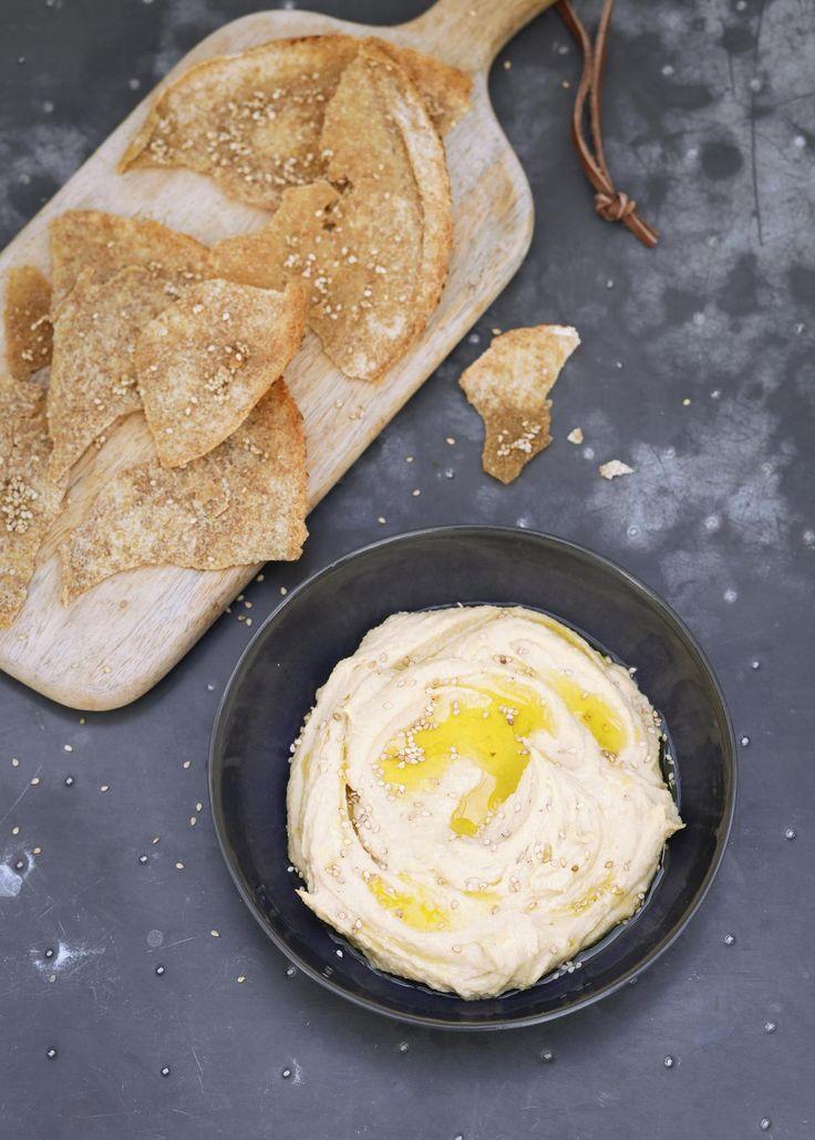 Caramelized Garlic Hummus - The Happy Foodie