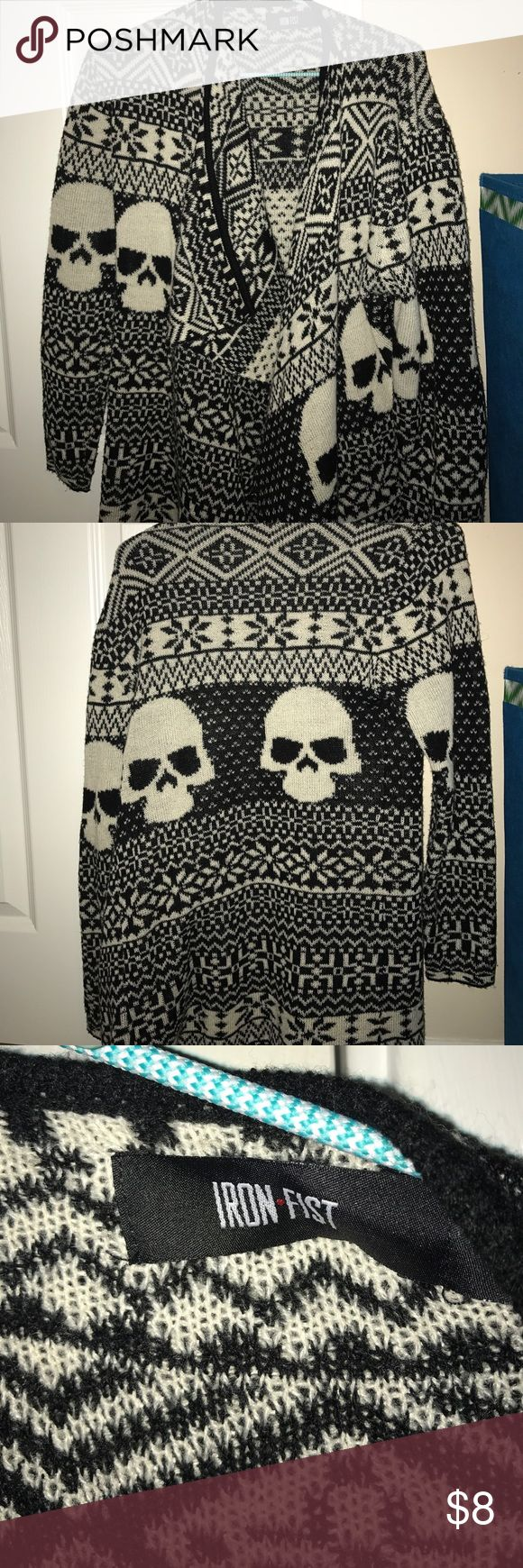 HOT TOPIC black and white tribal skull sweater super cute and cozy sweater from hot topic in brand new condition Hot Topic Sweaters Cardigans
