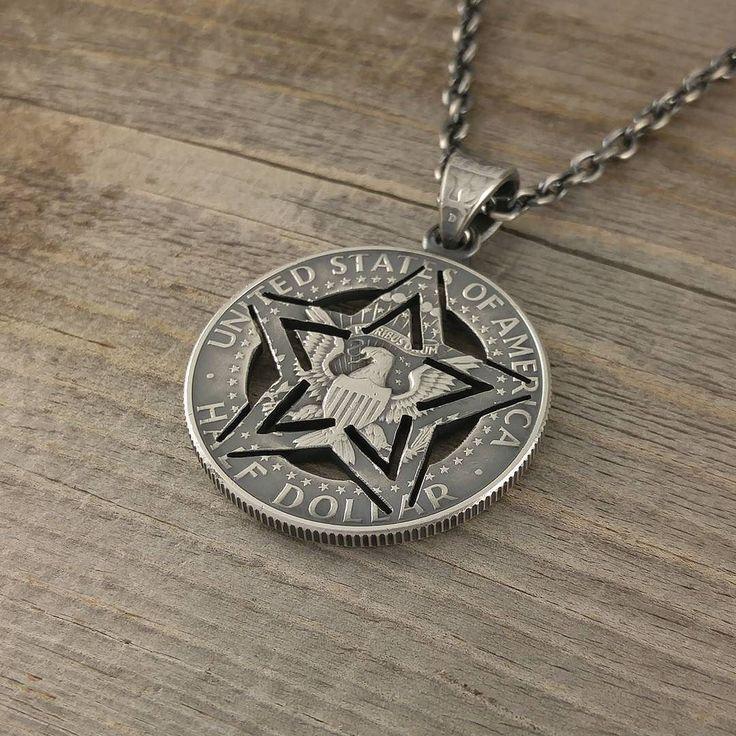 U.S.ARMY STENCIL STAR  アメリカ陸軍のロゴを見ていたら星のトップを制作したくなったのですがただそのまま星をくり貫くだけでは面白くないのでミリタリーといえばステンシルというところからのステンシルスター  #coinjewelry #army #stencil #military #star #cutcoin #handmade #vintage #halfdollar #silvercoin #necklace #pendant #usa