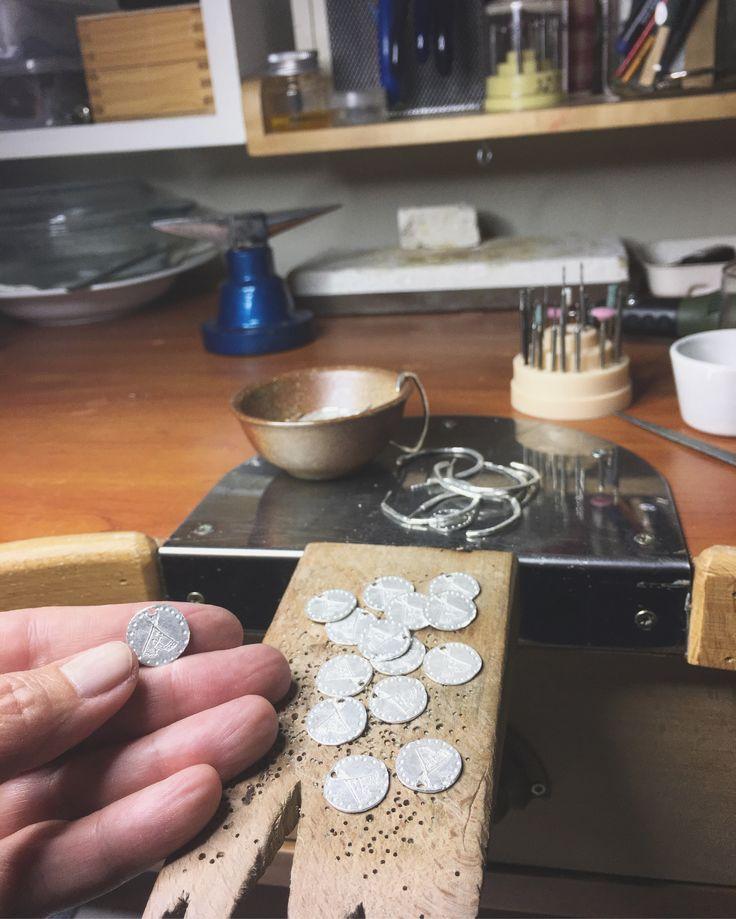 Trabajando con las monedas Tipi