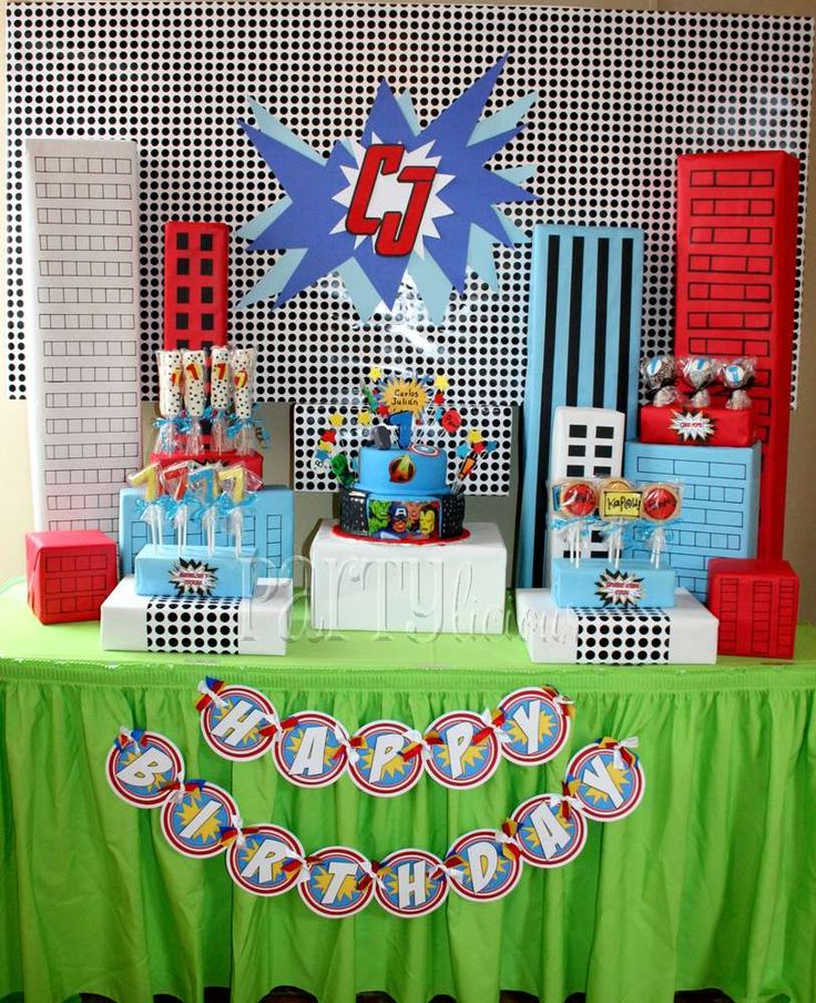 Marvelous Superhero Birthday | CatchMyParty.com