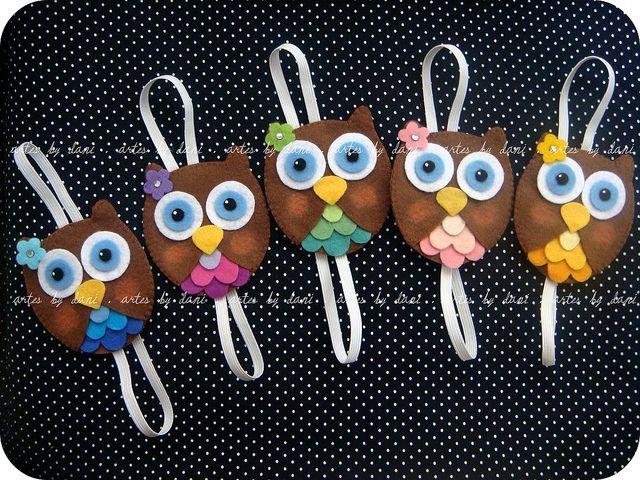 Marcadores de páginas corujinhas: Páginas Corujinhas, Pages, Marker, Book Markers, Photo Sharing, Página Corujinha, Hair Ties, Owl Bookmarks, Markers
