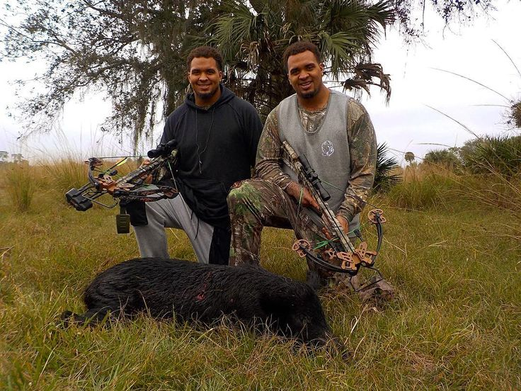 a #little #tbt of @mikepouncey and his #twin brother @maurkicepouncey who took down a nice hog  using the @sasportsoutdoors Empire Beowulf #huning #twins #nflplayers #miamidolphins #pittsburghsteelers #both #southflorida #boys who #enjoy the #outdoors as much as they enjoy the #woods. #outdoors #hunters #woods #brothers  #pounceybrothers #picoftheday #football #hunting #huntgram #outdoorlife #outdoorsy #outdoorsman