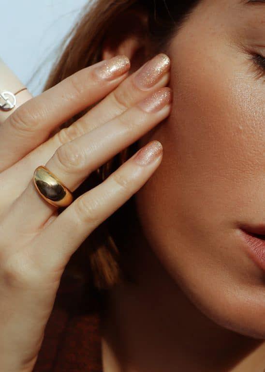 Giorgio Armani Neo Nude ist alles, was Sie für leuchtende Haut unterwegs brauchen