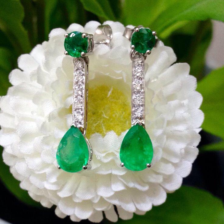 Nuova collezione: Orecchini in oro 18kt con diamanti e smeraldi taglio rotondo e a goccia colombiani. Www.millegioiellitorino.com
