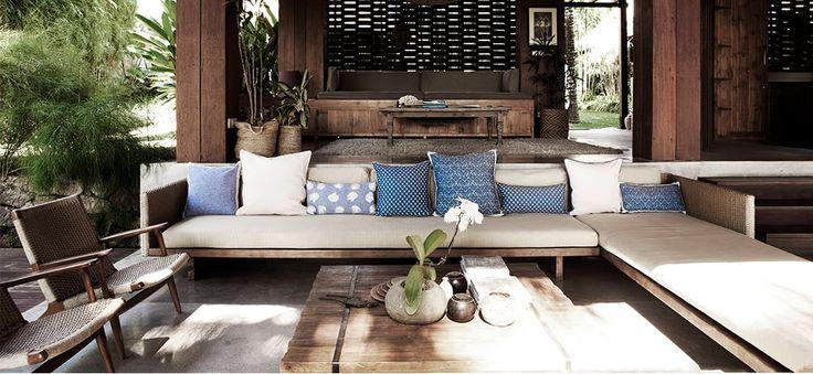 Geïnspireerd door haar reizen in Azië ontwerpt Sanne Poot prachtige kussens. Benieuwd naar haar verhaal? Wij spraken met The Pillow Room!