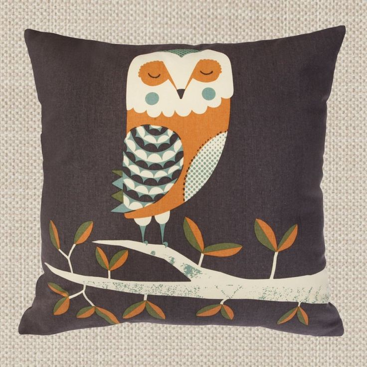 £20 15.5 x 15.5 MAGPIE - WILDLIFE - CUSHION - OWL