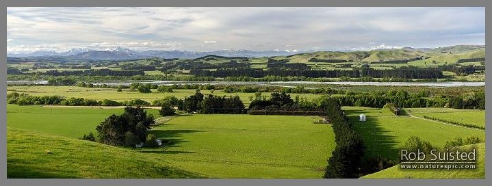 Hurunui River and farmland near Domett, panorama with the Kaikoura Ranges and Mount Tapuae-o-Uenuku (centre) behind.  Hurunui Mouth.