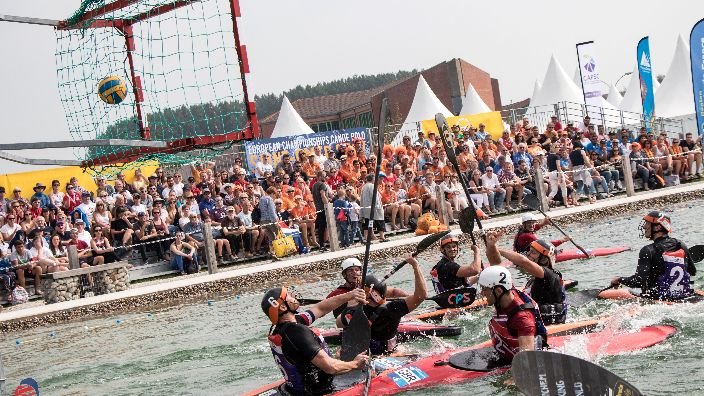 New in Romania: Canoe Polo. First international competition 17-18 February - News in English -    Radio România Actualităţi Online