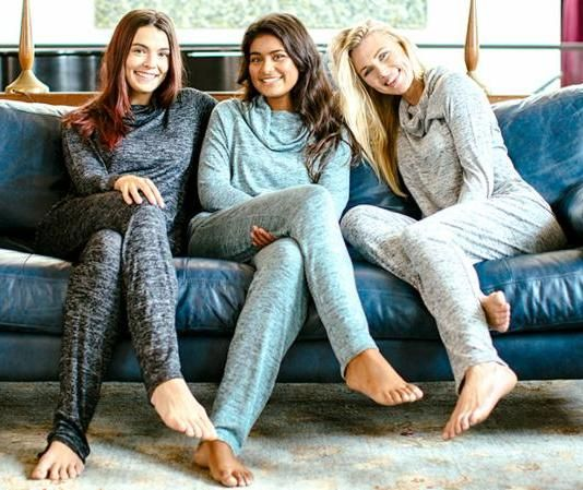 Spring Fashion | Hello Mello Carefree Threads Collection | lounging, sleeping, traveling clothes | Comfy clothes | Crafted Decor | Streetsville | Mississauga