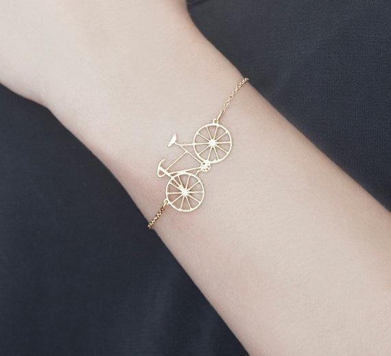 bracelet vélo doré de Shlomit Ofir